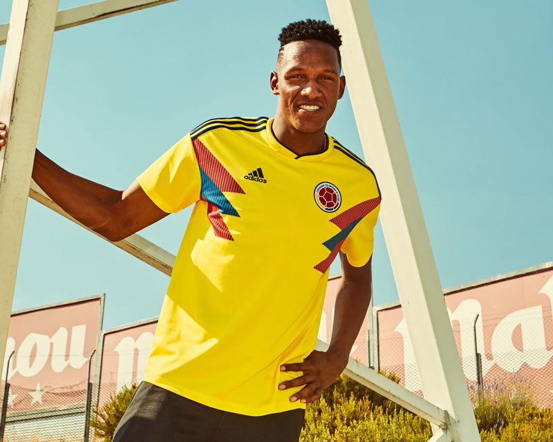 5ab7f774bef In the 1990s, Colombia's daring brand of attacking football captivated the  watching world. The jersey they wore to the knockout stages of the sport's  ...