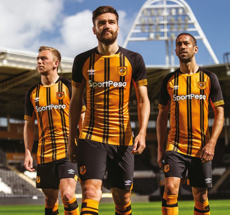 Hull City 2018/19 Umbro Home Kit Football Shirts