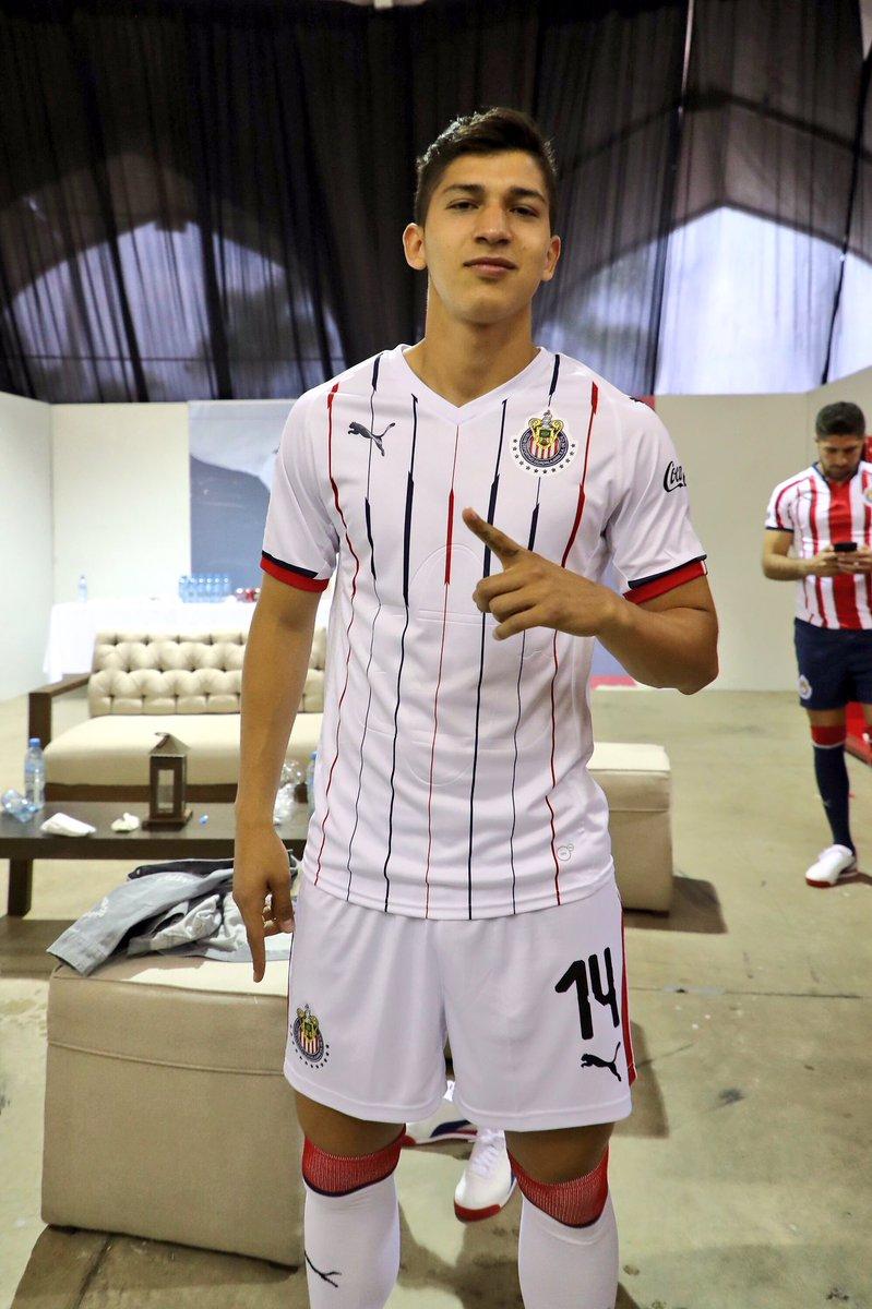 Chivas 2018-19 Home & Away Kits