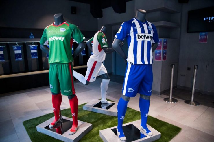 Deportivo Alavés 18-19 Home, Away & Third Kits