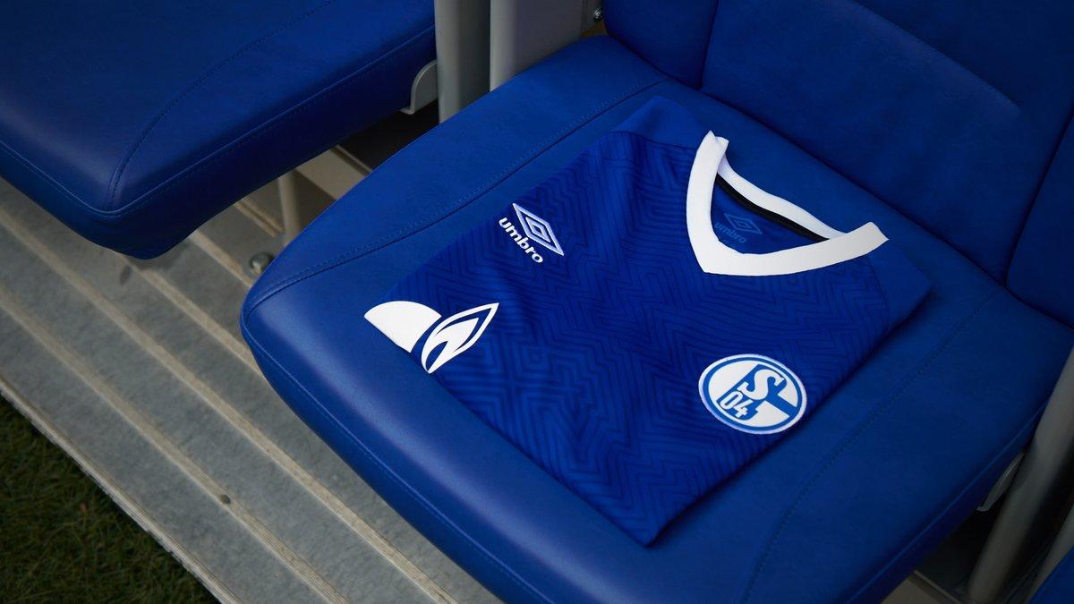 Schalke 04 2018-19 Umbro Home And Away Kit