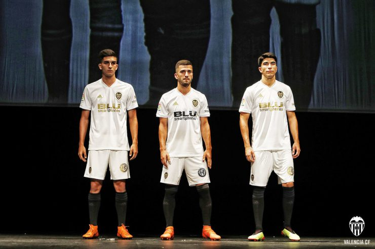 Valencia 2018-19 Adidas Home Kit