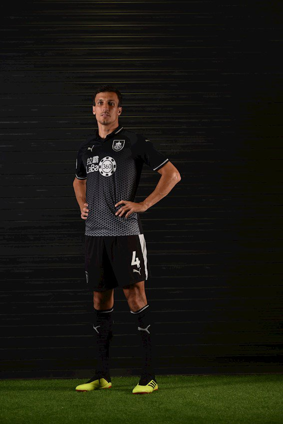 Burnley 2018-19 Away Kits