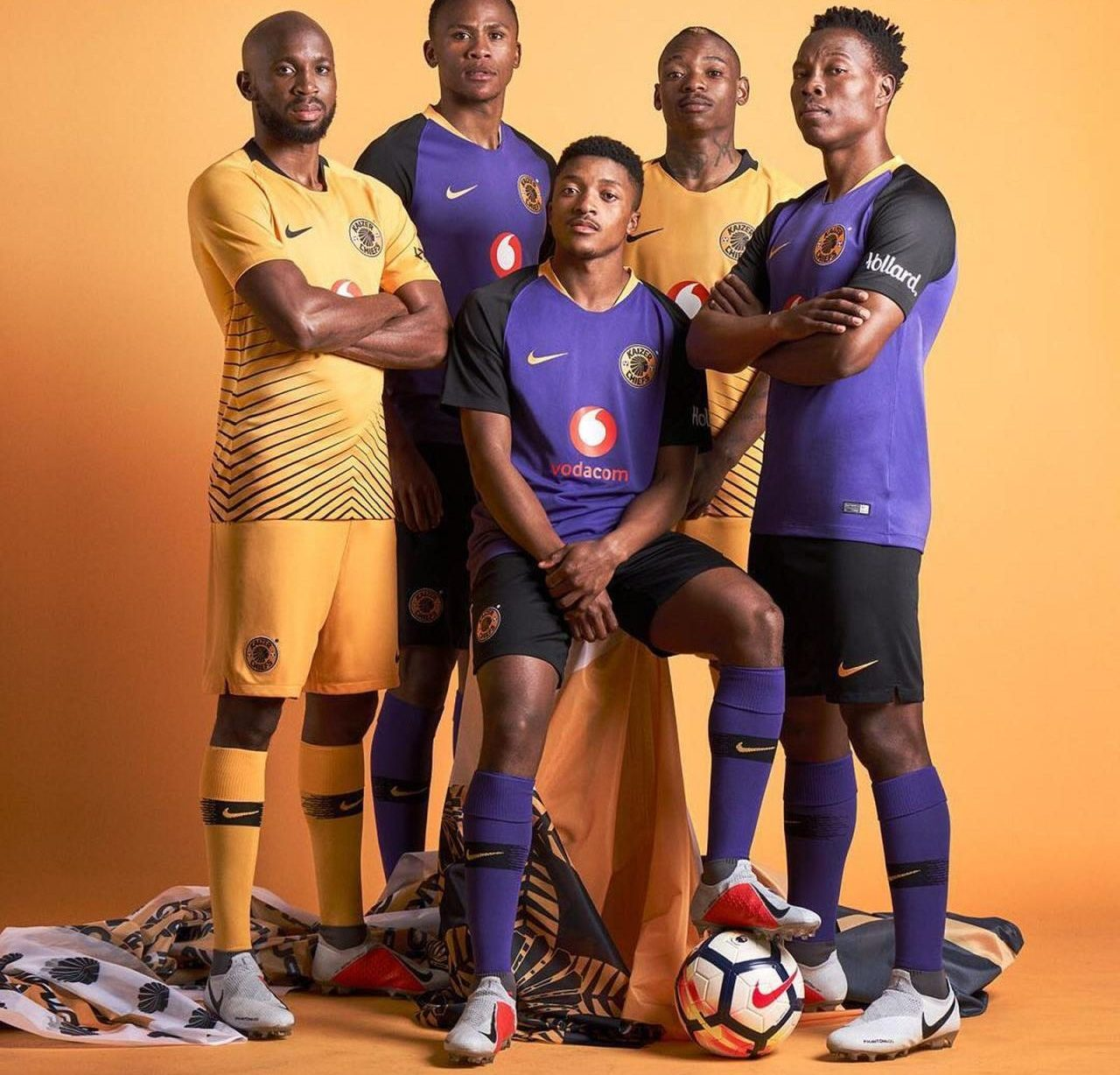 Kaizer Chiefs 2018/19 Home & Away Kits