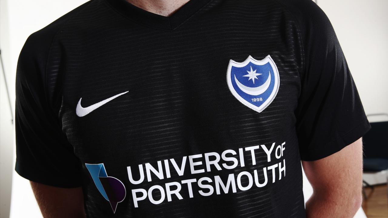 Portsmouth 2018-19 Nike Third Kit